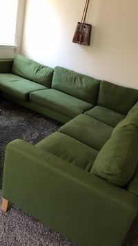 Couch (green) Catonsville, 21228