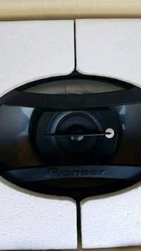 New 6x9 pioneer speakers 220w Fort Mohave, 86426