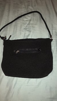 Black purse  Youngstown, 44505