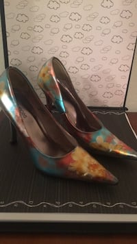 Size 7  Roswell, 88203