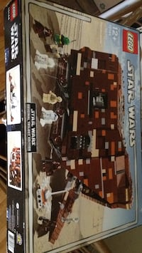 Star Wars lego sandcrawler original set  [TL_HIDDEN]  pieces complete with inst. box and minifigs Port Coquitlam