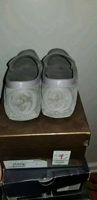 Grey Gucci loafers drivers size 9