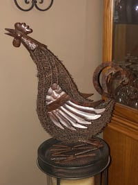 LARGE WROUGHT IRON / WIRE ROOSTER  North Dumfries, N0B 1E0