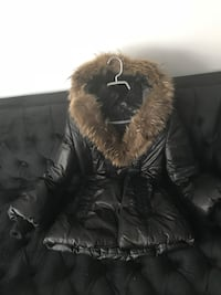 Mackage coat size xs. almost new . NOT NEGOTIABLE. No deliveries. No trying on. U like it - you buy it.   Montréal