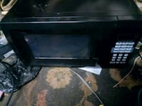 black single-door microwave Albany, 97321