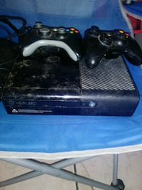 black Xbox 360 console with controller Los Angeles, 90003