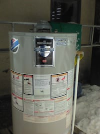 40 gal. gray Bradford White Defender water heater KELOWNA