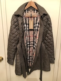 Women's large Burberry quilted jacket Woodbridge, 22191