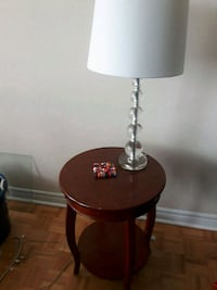 Brown side table with lamp Toronto, M2J 1L4