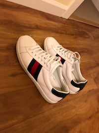 Gucci Leather Sneakers  Vancouver, V6J 1G1