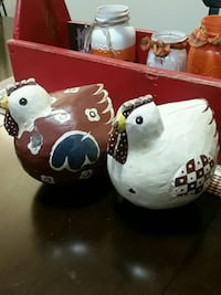 2 Wooden Country Roosters Quakertown, 18951