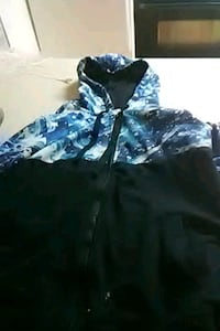 blue and white floral zip-up hoodie Parkersburg, 26104