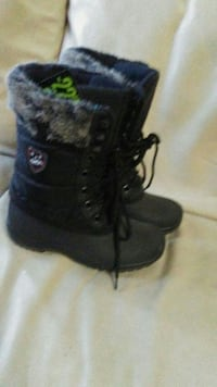 Weather spirits snow boots