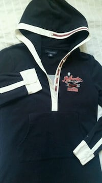 Tommy Hilfiger long hoodie Richmond, V7C 3M6