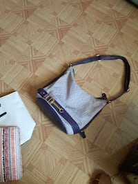black and white leather hobo bag Smiths Falls, K7A 4S4