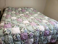 JC Penney Queen Size Comforter Set for winter Middletown, 02842