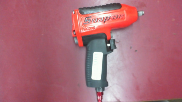 Snap-On Impact Wrench MG235