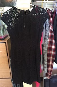 Size 7 lace zip up dress Winnipeg, R3P 0R1