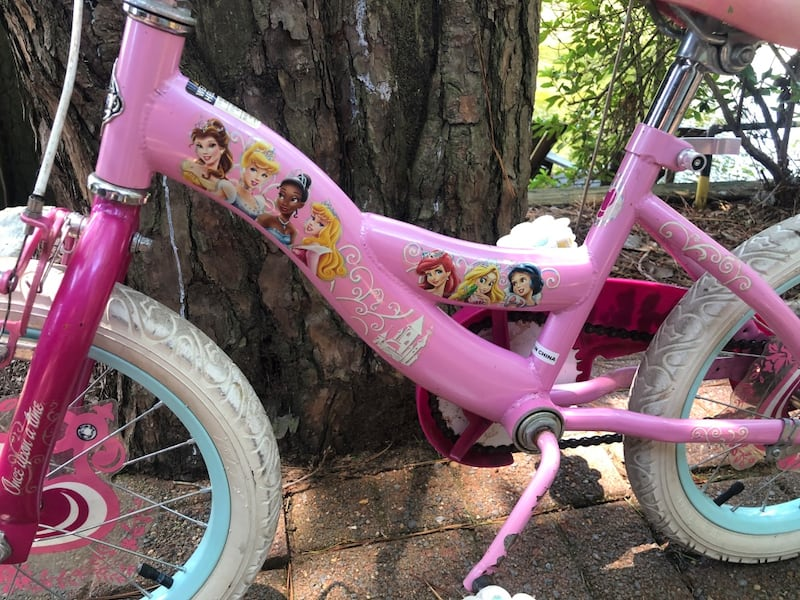"Girls Bike 16"" 7262ae0c-98fc-4e3a-baef-ed23527829c7"
