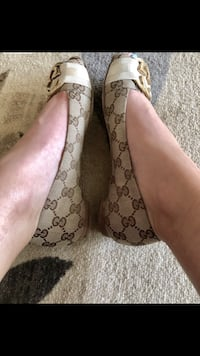 Gucci Flats AUTHENTIC