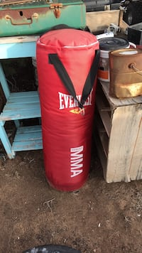 red and black Everlast heavy bag Rio Rancho, 87124