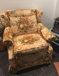 brown and red floral sofa chair Alexandria, 22301