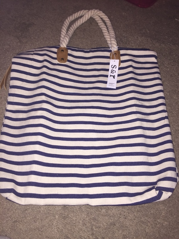 dfa277d09fbd8 Used Summer and Rose Tote Bag for sale in Surprise - letgo