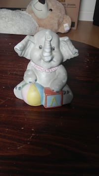 Elephant piggy bank  610 km