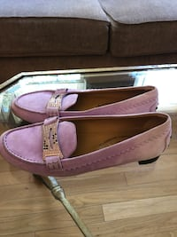 Tod's Women 6.5 Shoes (Immediate Move Out Sale)  32 km