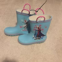 Girls rain boots. Size 11/12. Great condition ! Woodbridge, 22193