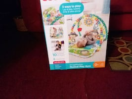 PRICED DROPPED Fisher-Price three ways to play laying, play