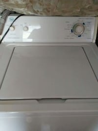 white top-load clothes washer Wichita, 67214