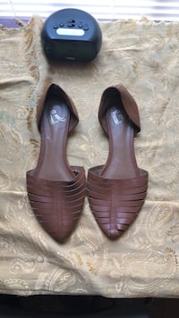 pair of brown leather heeled shoes Spartanburg, 29303