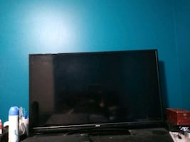 "TV 40"" flat screen RCA"