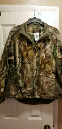 brown and green real tree camouflage zip-up jacket 159 mi