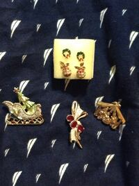 Christmas broach trio and 2 pair of Christmas earrings Sawmills, 28638