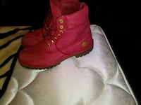 pair of red Timberland boots Farmers Branch, 75234