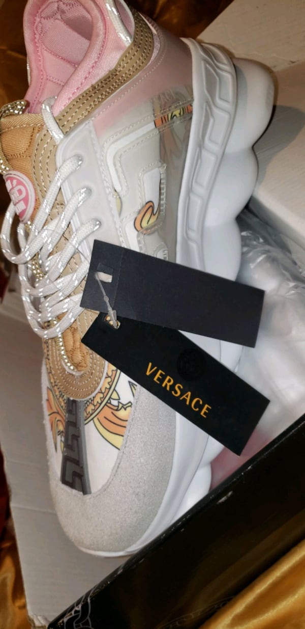 These are Versace chain reacts  0