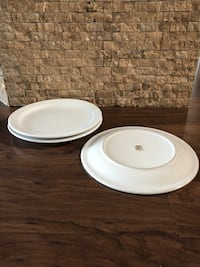 White Round Plates Used Calgary, T1Y 3A9