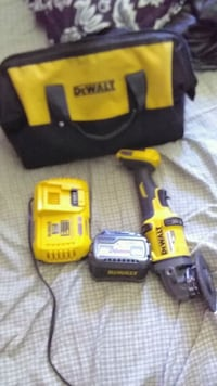 yellow and black DeWalt cordless power drill Hamilton, L8H 1M9