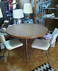 round brown wooden table with two chairs dining set Princeton, 71067