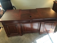 Haverty executive desk and filing cabinet Leesburg, 20176