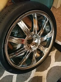 5 lug Universal Rims and Tires Shoreline