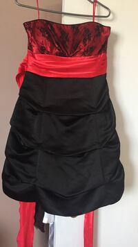 Red and black satin cocktail dress West Lincoln, L0R