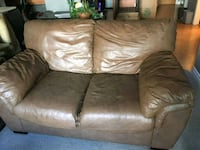 brown leather 2-seat sofa Langley, V3A 3Y3