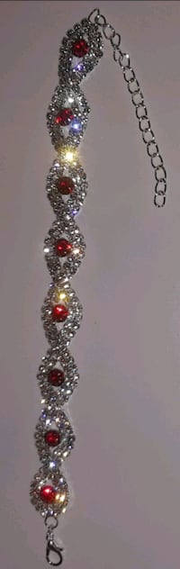 B.new Gorgeous Austrian crystal bracelet Baltimore, 21206