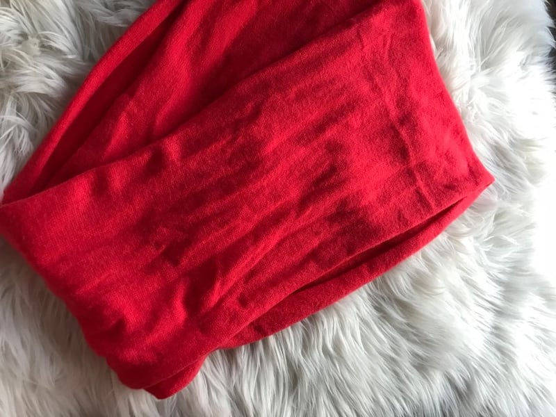 Cashmere red infinity scarf 5cdc6179-b98a-4dc4-9227-12cf9d171c71