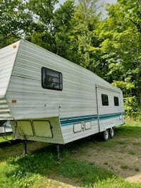 1995 gulfstream fifth wheel  Prattsburgh, 14873