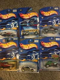 Hot wheels die-cast lot of 6 actual rare collector Hot wheel cars vintage first series & 2 tools from 1818 Alexandria, 22306