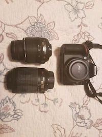 black Canon DSLR camera with lens Barrie, L4M 5A2